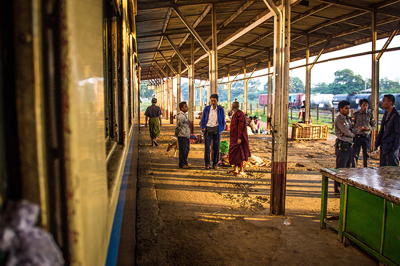 Thazi Rail Station train to Kalaw